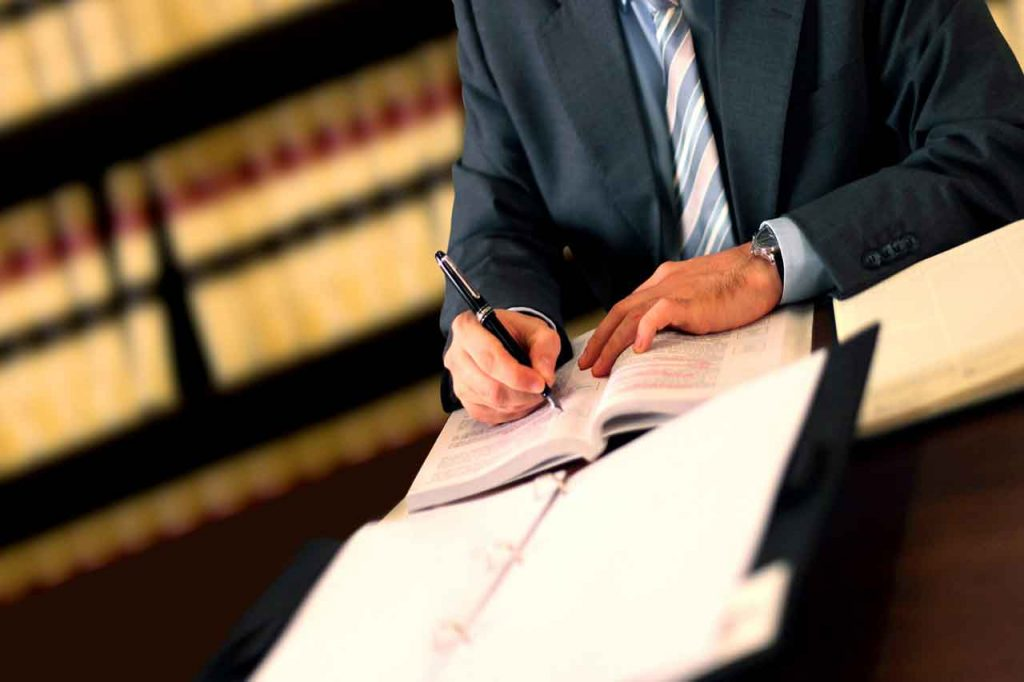 best commercial lawyers Melbourne