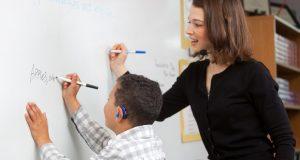 Learn How to Teach a Deaf Children