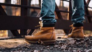 Choose The Perfect Fitting Boots for Your Next Buy